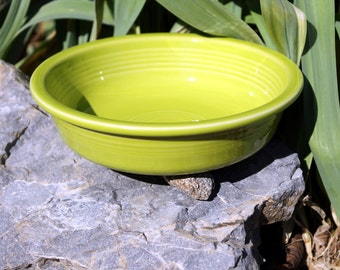 Vintage Chartreuse Fiesta Bowl, Fiestaware Nappy Bowl, Retired, Discontinued, Lime Green