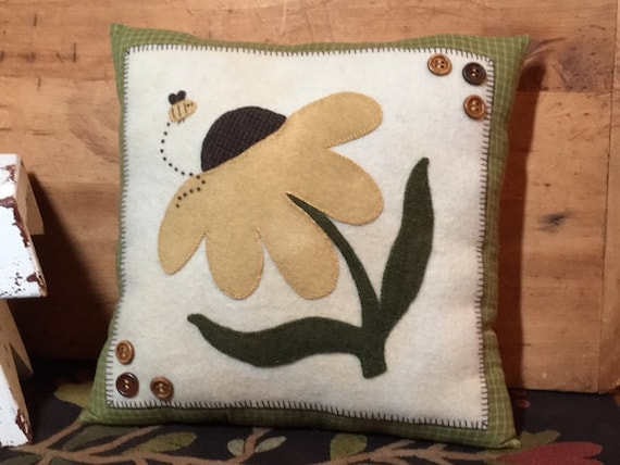 Coneflower Wool Applique Pillow FAAP