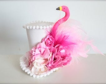 Alice in Wonderland Pink Flamingo - Queen of Hearts Inspired Mad Hatter Tea Party MIni Top Hat Headband (or fascinator) - Kentucky Derby Hat