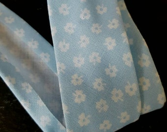 25mm Pale Blue with White Ditsy Flower Cotton Bias Binding