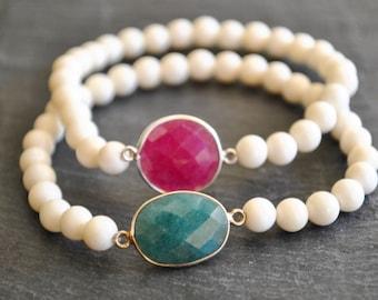 BEADED white  CREAMY BONE emerald /ryby/stacking bracelets /bohemian bracelet /beaded bracelets.