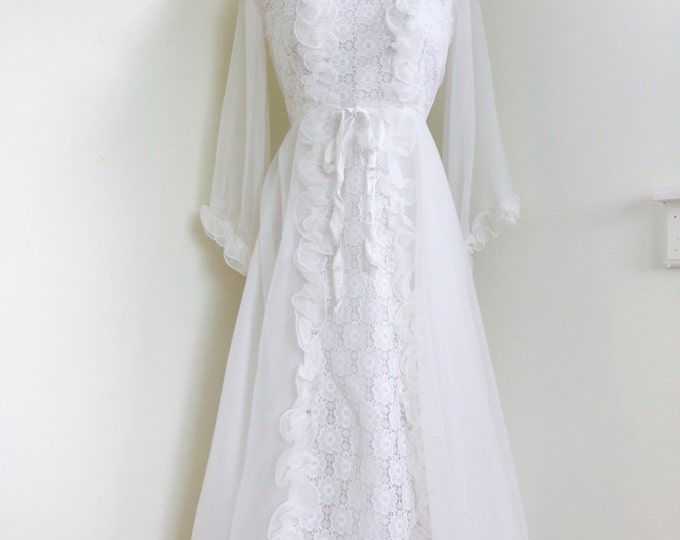 Vintage 60's Ruffled Lace // Special Occasion Dress