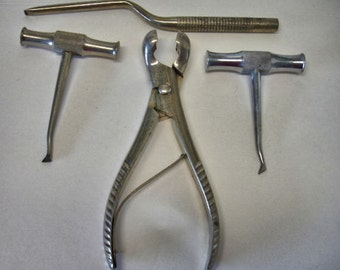 Vintage Lot of 4 Large Dental Tools Tooth Puller Tooth Extractor Dental Instuments