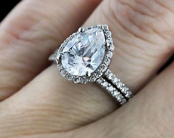 5.00 Ct GIA Certified I VVS2 Pear Shape Halo Diamond Engagement Ring Bridal Set