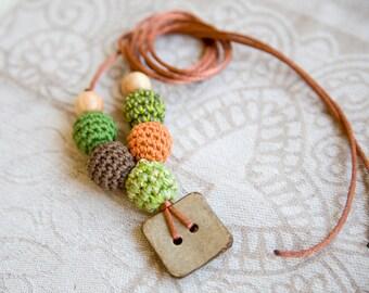 Coconut button nursing necklace - pendant -  Sling Accessory - breastfeeding necklace -  babywearing
