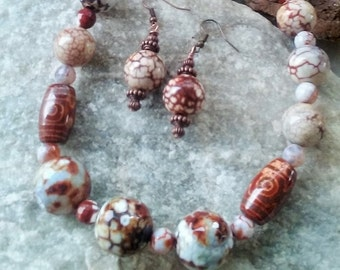 CLEARANCE/NECKLACE / EARRING in bold beautiful agate beads,tibet beads