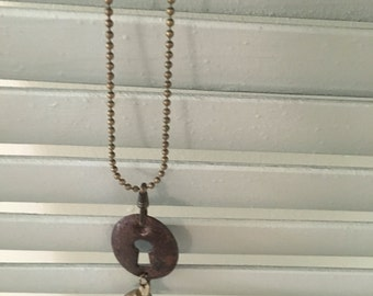 Wonderful Vintage Keyhole Necklace