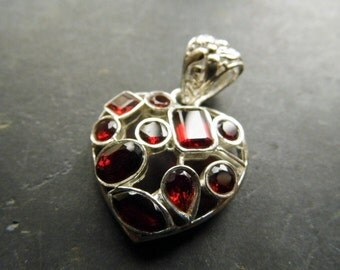 Pendant, silver, heart, Garnet, red, jewelry, necklace, 9 stones