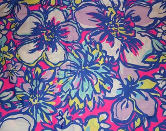 Lilly Pulitzer signature fabric Pink Catwalkin cotton poplin  9 X 18 or   18 X 18 inches