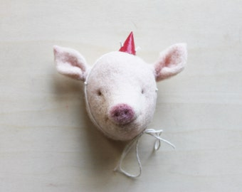 Pig Brooch // Pig Wall Mount // Needle Felted Pig // Pig Ornament