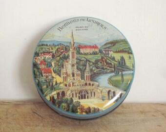Vintage french tin box from LOURDES, Bonbons de Lourdes, Boite métal, 1930, Blue kitchen, Antique, Home decor, Collector