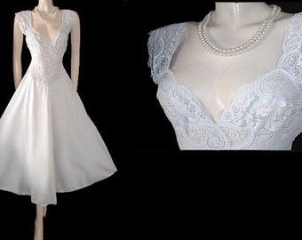 Vintage Olga Nightgown Rare Style All Lace Spandex Bodice Bridal nightgown White Swan bridal white nightgown spandex nightgown lace gown