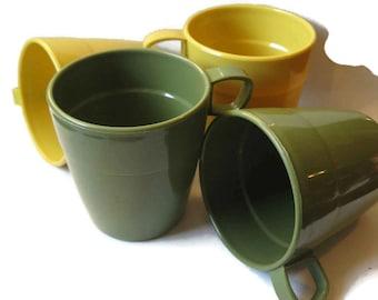 vintage stacking mugs, plastic mugs, Shamrock Neatway, yellow, green, 1970's