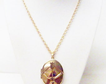 Large Gold Plated Oval Locket w/Bow& Arrow Pendant Necklace