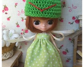 "Petite Blythe / Little Dal Outfit : ""Frog in Pocca Dot Set"" (Dress and Crochet hat)"