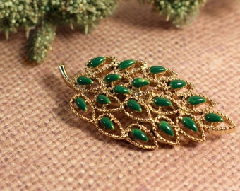 Gerry's Green Enamel and Gold Tone Brooch - Vintage