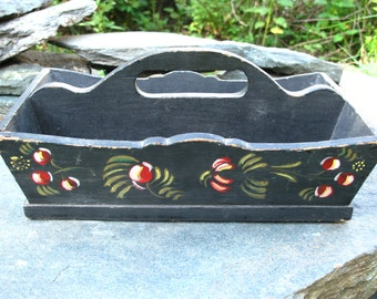 Vintage Wood Garden Tote Carrier Caddy Old Black Paint Red Berries AWESOME!