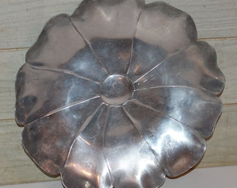 Vintage McClelland Barclay Aluminum Flower Shape Serving Tray - Large Signed - Collectibles - Retro - Mid Century