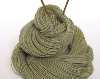 Hand Dyed Yarn 'Grassy Head' Superwash Wool Yarn 4 ply Sock Yarn