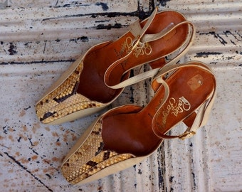Snake Skin Heels 1960s Vintage Rosina Ferragamo Schiavone Sling Backs Womens Size 6 Reptile Cream Leather 60s Shoes Salvatore's Sister Spain