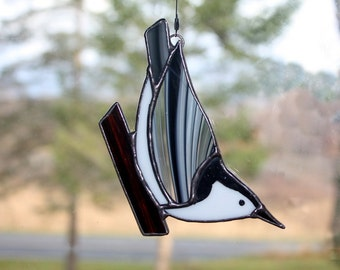 White Breasted Nuthatch Stained Glass Suncatcher, Bird Sun Catcher, Glass Art