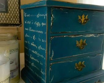 Vintage Jewerly Box Hand Painted In Annie Sloan French Styled