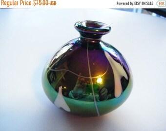 25% Off Storewide Sale Stunning Irridescent Art Glass Vase Unsigned Gorgeous Vintage Piece