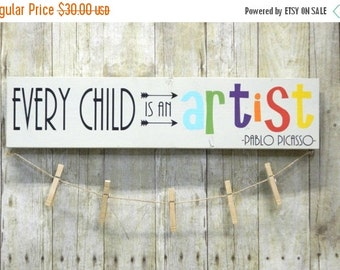 Christmas in July Every Child is an Artist, Child's Art Display, Children's Art Display, Wood Sign, Brag Board, Children's Art Board, Trendi
