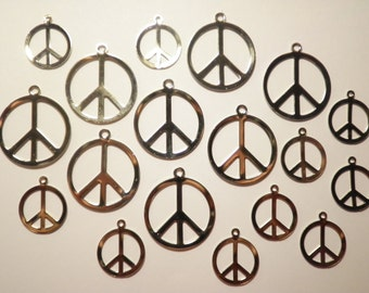 18 Assorted Silverplated Peace Signs Charms Pendants