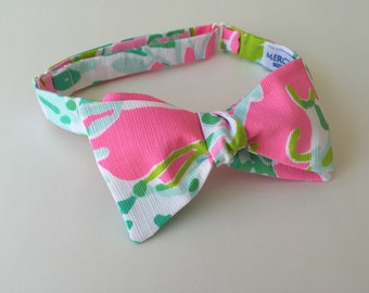 "Lilly Pulitzer ""Cluck"" Fabric Bow Tie"