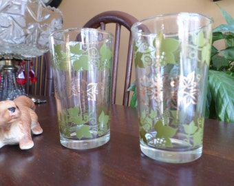 "Two-Vintage Green Ivy Leaves/Leaf and Gold Flowers Juice Glasses-4""x2"""