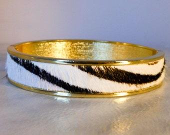 Vintage Gold and Leather Clamper Bracelet     Black & White  Fits Large Wrist   Retro