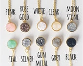 choose colour // stone stud necklace