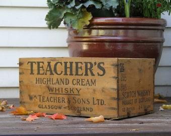 Vintage Teacher's Highland Cream Whisky Advertising Wooden Crate Glasgow Scotland