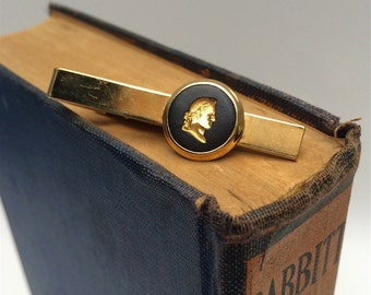 Wedgwood gold Jasperware necktie clip - Julius Caesar