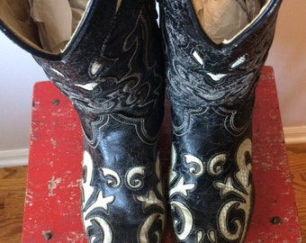 Impresive Cream and Black Lizard and Leather Cowboy Boots 9D