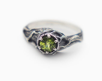 Peridot Ring, Green Stone Ring, Sterling Silver Twig Ring, Peridot Engagement Ring, Tree Branches, Gem, Gemstone, Mineral, Witch Ring