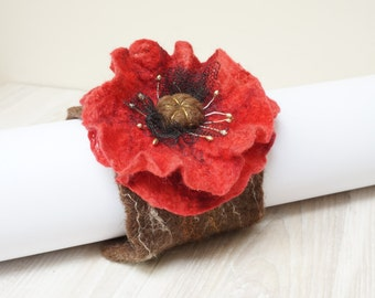 Poppy Felted bracelet wrist cuff arm warmer flower floral botanical red brown shabby chic romantic corsage bangle wedding jewelry black