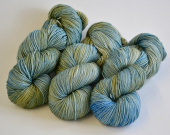 Pond - Superwash Merino/ Nylon Sock 420 yards/ 115 g