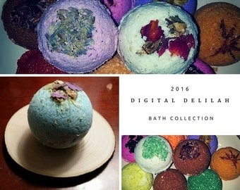 DD's Herbal, Moisturizing 4 MINI Bath Bombs - Reiki Charged