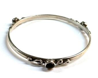Vintage Modern Design Sterling Silver Bangle Bracelet