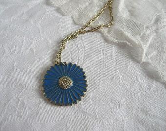 Enamel daisy pendant - vintage daisy pendant - vintage enamel pendant - blue enamel flower necklace - vintage blue daisy pendant