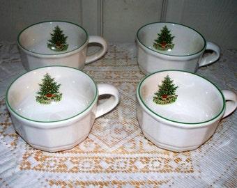Pfaltzgraff Christmas Heritage ALL Original - Set of 4 Coffee Cups Mugs - Barely Used
