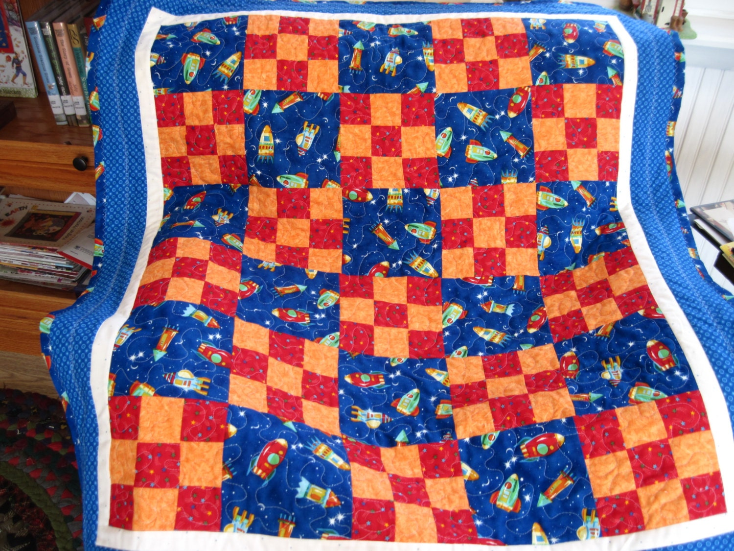 Space rockets baby and or toddler quilt for Spaceship quilt