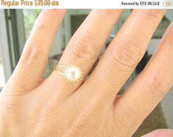 Sale - Pearl ring - Pearl gold ring - 14k Gold filled ring - Vintage pearl ring - Bridal jewelry, Mother's day gift