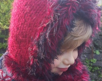 Girls/Toddler Woodland Red Cowl Hat