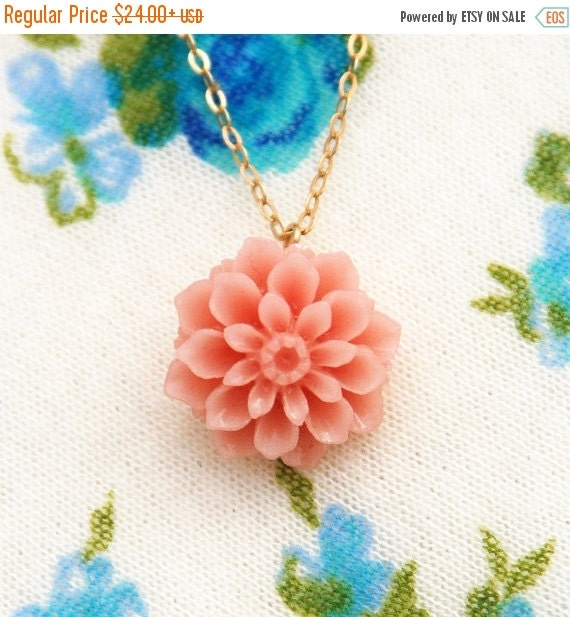 Flower necklace, pink flower necklace, gold flower necklace, chrysanthemum necklace, peach color, feminine gift for her