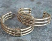 Bracelet pair of pretty tribal Indian bangles with heart and wire wrapping vintage alpaca silver.