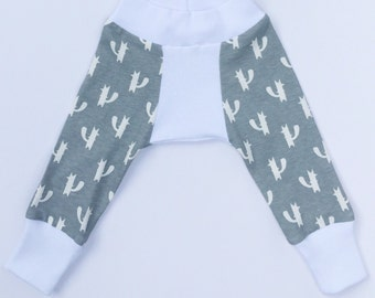 Baby Boy Harem Pants - grey and white foxes - Size preemie to 18-24 months