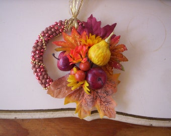 Autumn wreath/Fall door wreath/Thanksgiving wreath/Fall ornament wreath/Fall wreath/Small fall wreath/bounty foliage wreath/beaded wreath